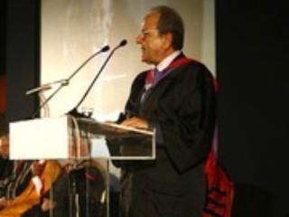 Τιμητική Βράβευση Tου Δρ. Δημήτρη Μανιατάκη Aπό Tο New York College