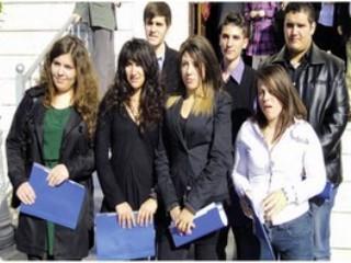 Δόθηκαν Οι Υποτροφίες Από Το Ταμείο Αρωγής Άπορων Μεσσήνιων Φοιτητών Της Ιεράς Μητροπόλεως Μεσσηνίας