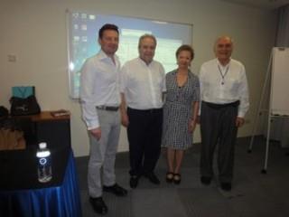 Αντιπροσωπεία Του Μανιατακείου Ιδρύματος Στη Σιγκαπούρη