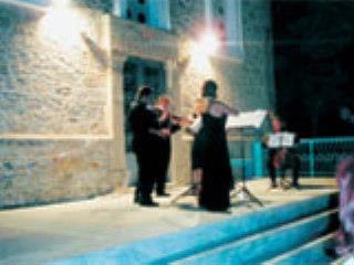 Μουσικές Βραδιές Στην Παναγιά Την Ελεήστρια Στην Κορώνη