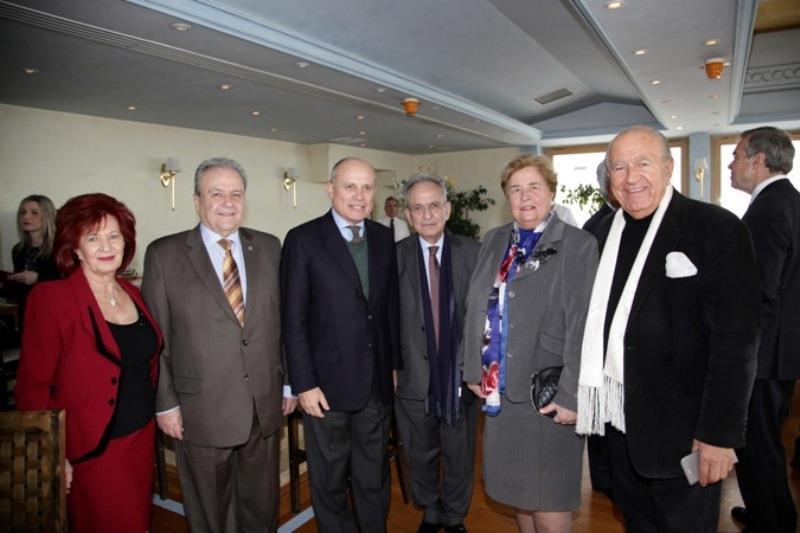 κα Ε. Μανιατάκη Ταγωνίδη, κ. Δ. Μανιατάκης, Πρέσβης Ιταλίας κ. Efisio Luigi Marras, κ. Δ. Σιούφας, κα Α. Βλαβιανού - Αρβανίτη, κ. Chris Σπύρου