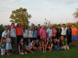 Ομάδα Εφήβων Της Κατασκήνωσης Κοινοτικής Ανάπτυξης «Παρά 5» Επισκέφθηκε Το Μανιατάκειον Ίδρυμα Στην Κορώνη